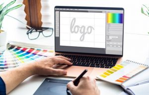 6 Common Misconceptions about Roofer Logo Design Explained